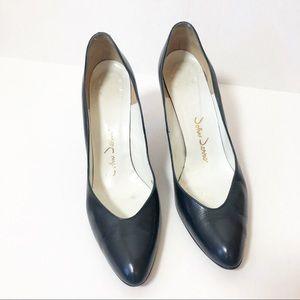 VINTAGE Navy Blue Pointed Toe Heels - 8.5